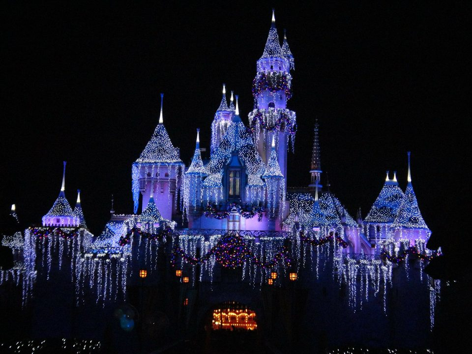 """Disneyland: Visiting the """"Happiest Place on Earth"""""""