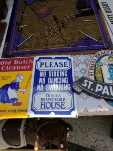 Vintage signs, Sonora