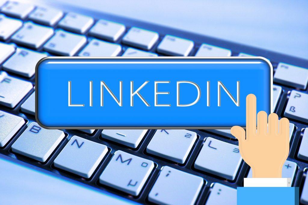 LinkedIn-find-a-us-job