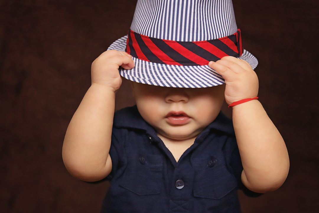 US-Preschool-wearing-hats