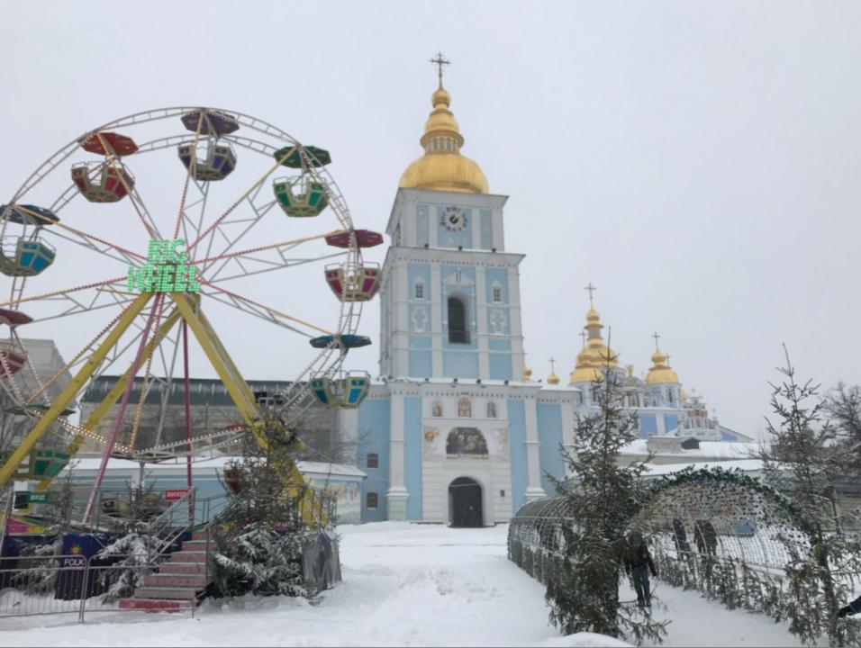 lost-lara-Ukraine-snow