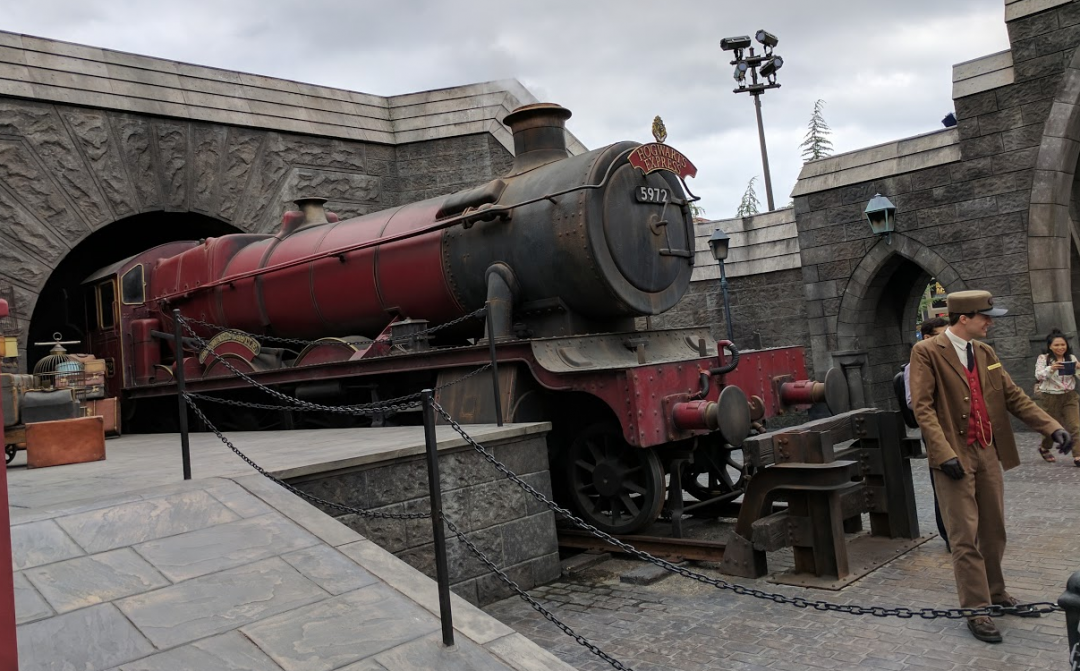 universal-studios-hogwarts-express