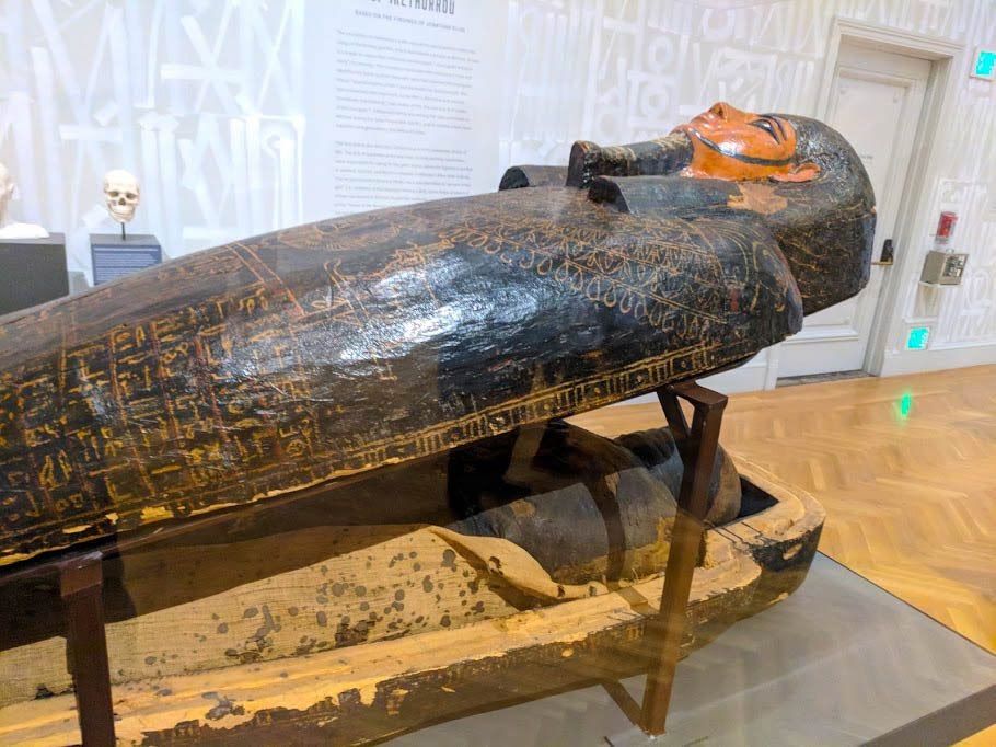Egyptian mummy Irethorrou