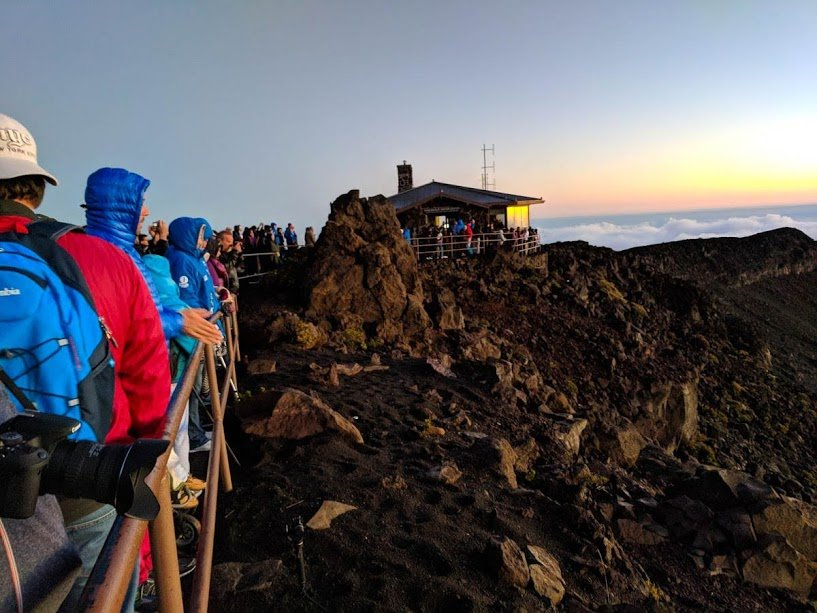 Crowds at Haleakala volcano