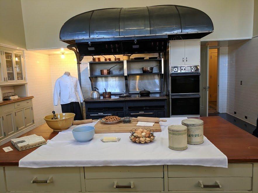 Filoli kitchen with stove