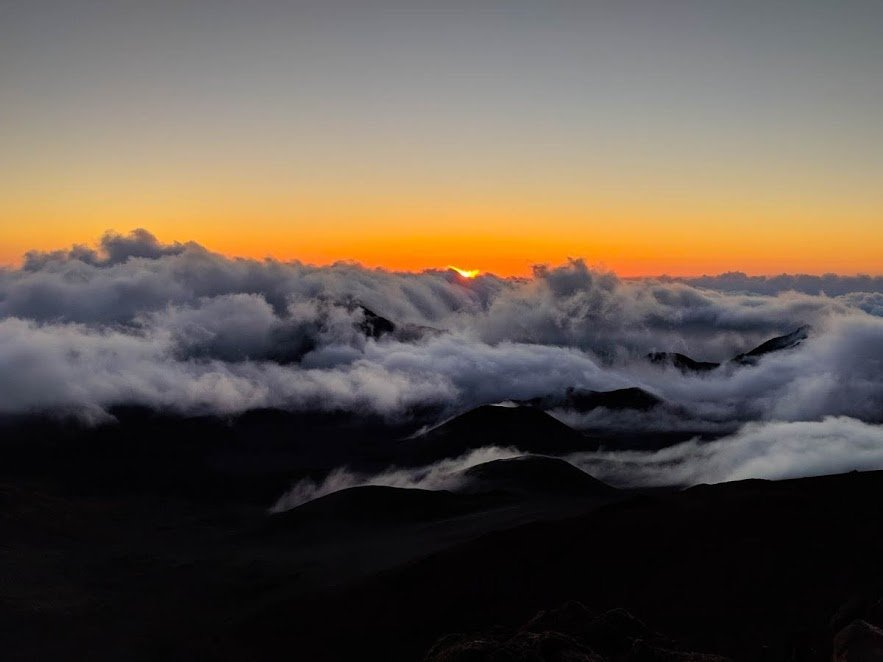 Sunrise at Haleakala, Maui: reservation tips, what to bring and what to expect