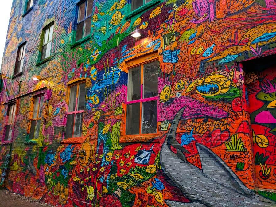 Toronto Street art Uber 5000's piece