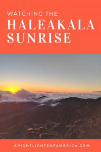 Don't miss the sunrise in Maui, expecially at Haleakala volcano. Here are all the tips you need to see the sunrise at #HaleakalaNationalPark.