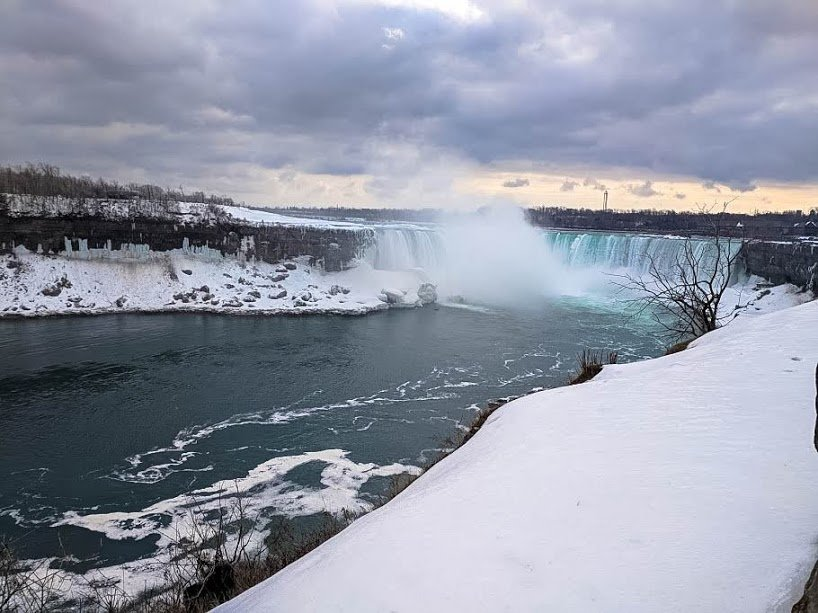 Snow and ice at Horseshoe Falls, Canada