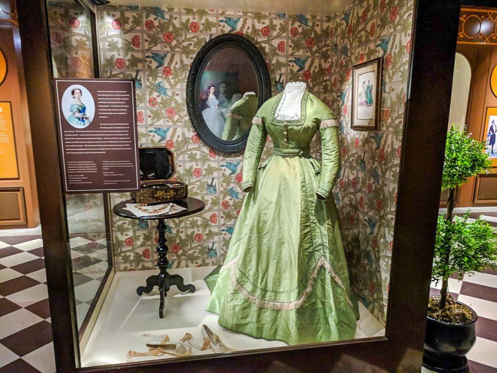 Arsenic Green Victorian dress