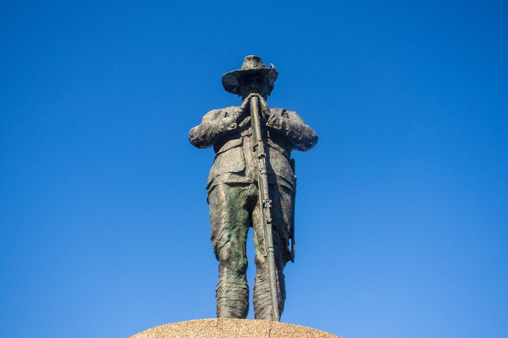 ANZAC soldier commemorative statue