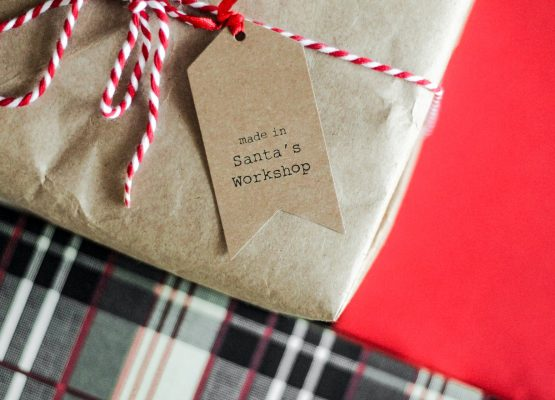Christmas Gifts to send overseas to the Aussie Expat in your life